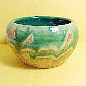Hand Crafted Thrown Studio Art Pottery Bowl Drip Glaze (Image1)