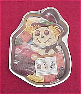 1998 Wilton Cake Pan Scarecrow Witch Halloween Autumn (Image1)