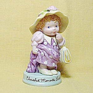 Avon 1983 Cherished Moments Dress Up Girl Figurine Porcelain Vintage (Image1)