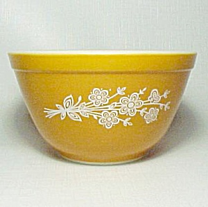 Pyrex Gold Butterfly 1.5 Pt Mixing Bowl 401 Vintage (Image1)