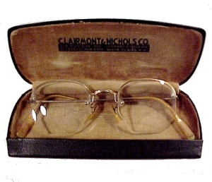 1900 Antique Wire Rim Eyeglasses 12 K GF Frame in Case (Image1)