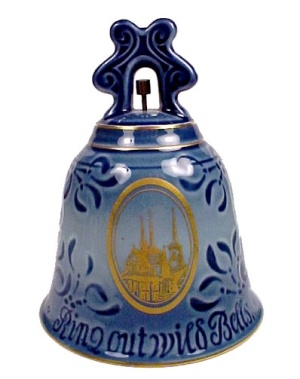B & G 1974 New Year Bell Bing Grondahl First Edition.