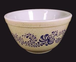 Pyrex Homestead Blue Folk Art 1.5 Pt  Mixing Bowl 401 (Image1)