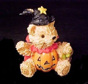 Halloween Witch Teddy Bear Jack-O-Lantern Figurine (Image1)