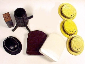 Salt Pepper Shaker Parts TV Toaster Hat Rack Base Hats (Image1)