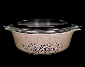 Pyrex Folk Art 1 Pt Covered Casserole 500ml Ovenware