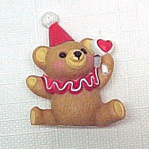 1986 Hallmark Merry Miniature Clown Teddy Bear Heart Figurine (Image1)