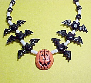 Plastic Halloween Necklace Black Bats Jack-o-lantern