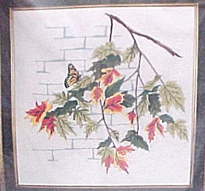 Spinnerin Crewel Stichery Kit Autumn Leaves Butterfly (Image1)