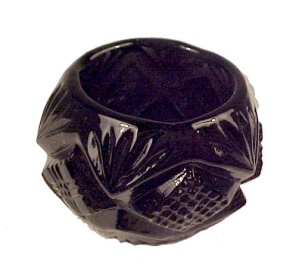 Black Glass Pineapple Open Salt Dip Cellar Diamond Fan (Image1)