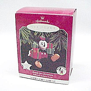 1998 Hallmark Ornament Mickey Mouse Ready for Christmas (Image1)