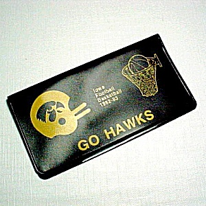 1982 Iowa Hawkeyes Football Basketball Checkbook Cover (Image1)
