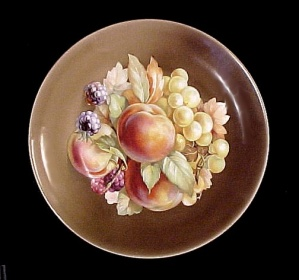 Bavaria Fruits Plate Peaches Raspberries Grapes Vintage (Image1)