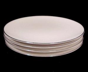 Noritake  MONTBLANC White Floral Salad Dessert Plate (Image1)