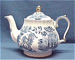 Click here to enlarge image and see more about item 48571: Sadler Blue Willow Teapot w/Gold Trim Vintage England