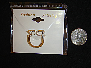 Silvertone pinback eyeglass or badge holder (Image1)