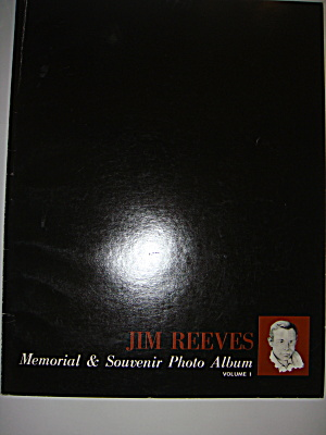 Jim Reeves Memorial & Souvenir Photo Album Volume 1  (Image1)