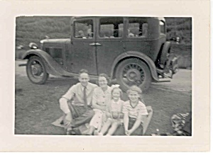 Old original photo with old car (Image1)