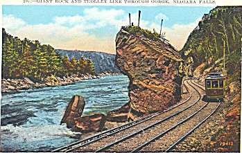 Giant Rock and Trolley Niagara Falls (Image1)