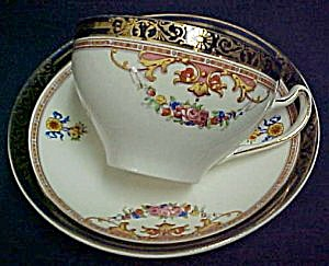 Alfred Meakin Athol Cup & Saucer