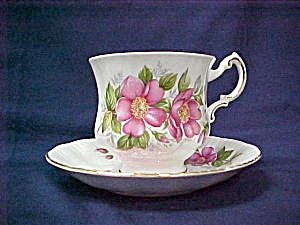Paragon Prairie Rose Cup & Saucer (Image1)