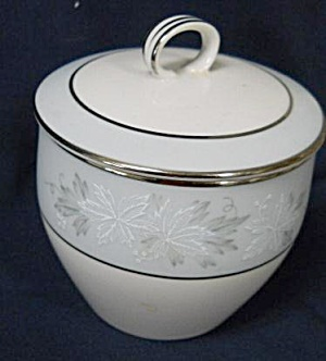 Noritake Balboa Small Sugar Bowl With Lid