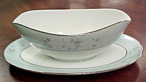 Noritake Balboa  Gravy Boat with Underplate (Image1)