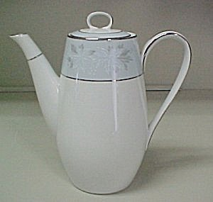 Noritake Balboa Coffee Pot with Lid (Image1)