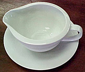 Villeroy & Boch Switch 2 Gravy Boat With Underplate