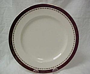 Alfred Meakin Kingsdale (Maroon) Luncheon Plate (Image1)