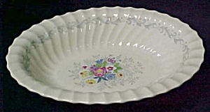 Royal Doulton Windermere H4856 Oval Vegetable - Open