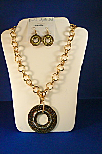 Ethel & Myrtle Gold Pendant W/crystals Neck