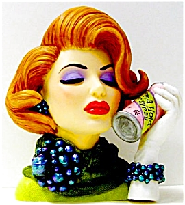 Cameo Girl Eve 1962 Bouffant Beauty Mini