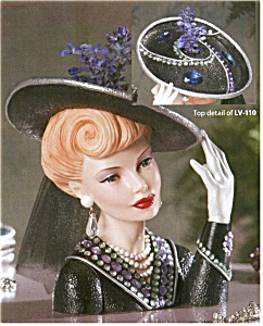 Cameo Girl Headvase Blythe 1942 Bedazzled (Image1)