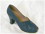 Click here to enlarge image and see more about item 25044: Just The Right Shoe Ladylike #25044