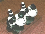 Click here to enlarge image and see more about item catsaltandpepper: Ceranimals black and white cat salt & pepper
