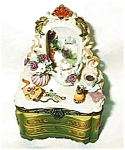Click here to enlarge image and see more about item greenx20dresser: Victorian Green Dresser Porcelain Box