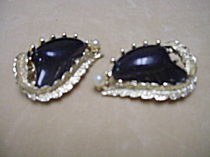 Coro Black and Goldtone Earrings (Image1)