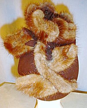Vintage 1940s Lilly Dache Mink  Tilt Hat  (Image1)