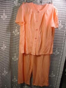 1930's Peach Rayon Pajamas (Image1)