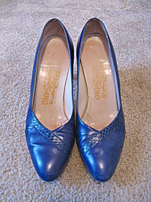 Blue Ferragamo heels w/snakeskin (?) detail (Image1)