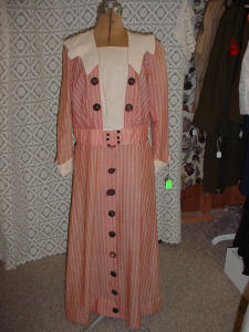 Early Day Dress (Image1)