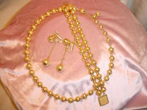 Vendome golden 3 piece set (Image1)