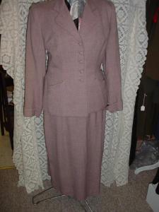 50's Mauve Suit (Image1)