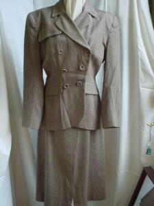 1940's Tailored Brown Check Suit (Image1)