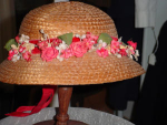 Click here to enlarge image and see more about item hth807: Child's straw hat--40's/50's