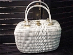 Click to view larger image of White Wicker with lucite handles Handbag (Image1)