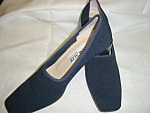 Click here to enlarge image and see more about item sb1028: Vintage Pancaldi Navy Shoes