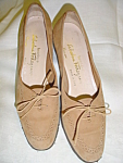 Click here to enlarge image and see more about item sb1029: Vintage Ferragamo tan suede shoes