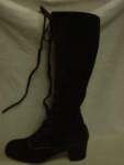 Click here to enlarge image and see more about item sh2001: 1960's Brown Suede Lace-up Knee-High Boots